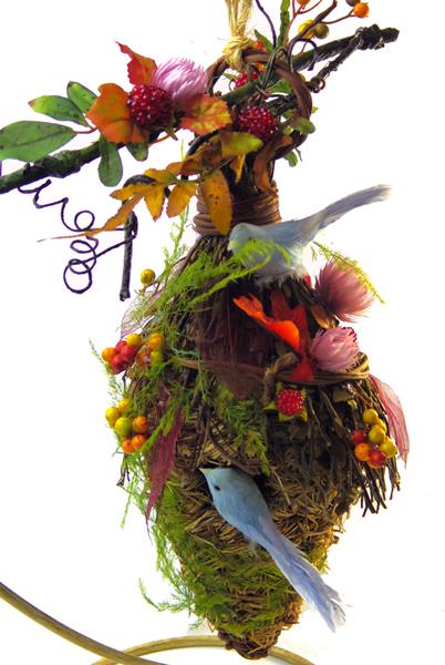 画像1: 木の実とドライフラワーのバードハウス (1)