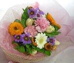 画像4: キンセンカとリューココリーネの花束 (4)
