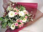 画像2: ミニバラとガーベラの花束 (2)