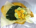 画像4: 黄色いバラの花束 (4)