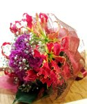 画像3: グロリオサとカーネーションの花束〜Robust love (3)