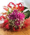 画像5: グロリオサとカーネーションの花束〜Robust love (5)