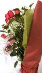 画像4: 赤いチューリップの花束風アレンジ (4)