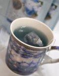 画像3: クロード・モネのマグカップと青いハーブティのギフトセット (3)