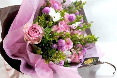 画像3: マートルとバラの花束