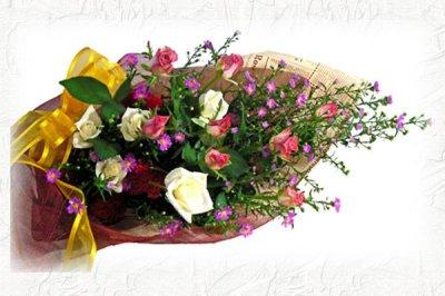 画像3: クジャクソウとバラの花束