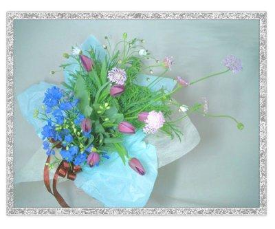 画像3: 紫のチューリップとデルフィニウムの花束