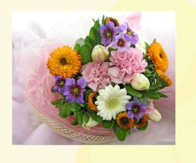 画像1: キンセンカとリューココリーネの花束