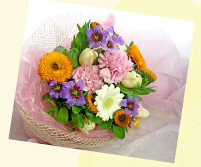 画像2: キンセンカとリューココリーネの花束