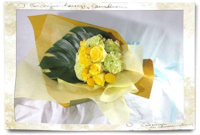 画像3: 黄色いバラの花束
