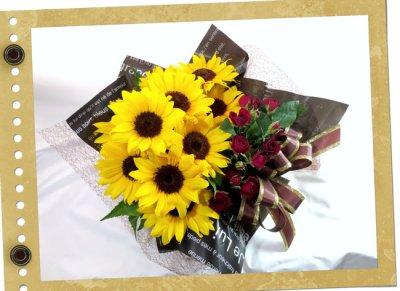 画像3: 向日葵とミニバラのボックスアレンジ