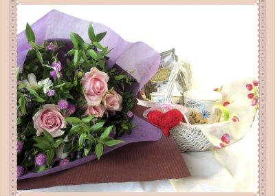 画像2: マートルとバラの花束