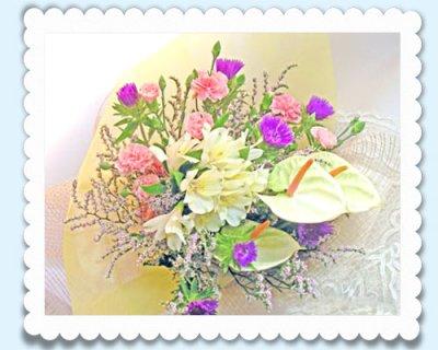 画像1: ストケシアとアンスリウムの花束