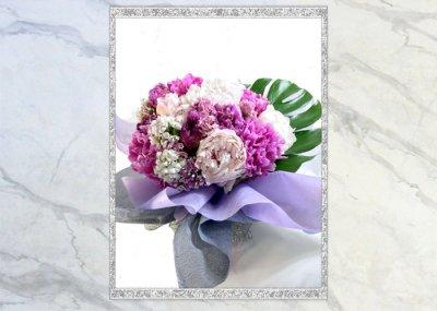 画像3: 芍薬と美女撫子の花束
