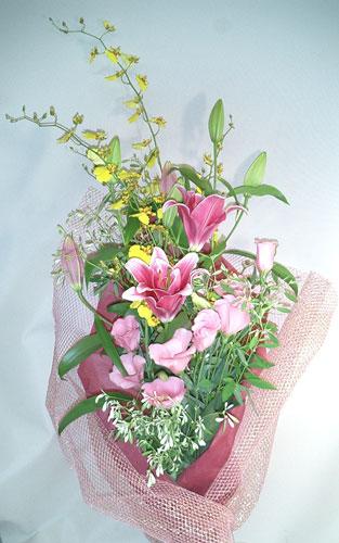 画像1: オンシジウムとピンクの百合の花束 (1)