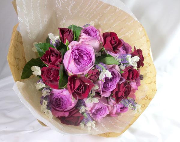 画像1: バラとラベンダーの香りの花束 (1)
