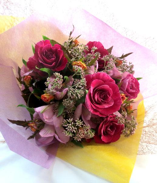 画像1: 藤袴とバラの秋の花束 (1)