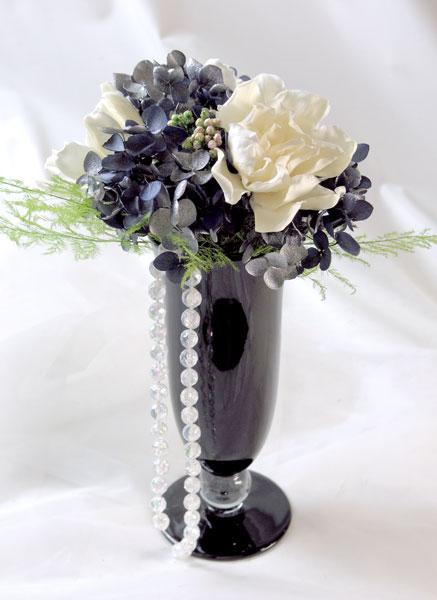 画像1: プリザーブドの梔子のアレンジメント〜Gardenia (1)