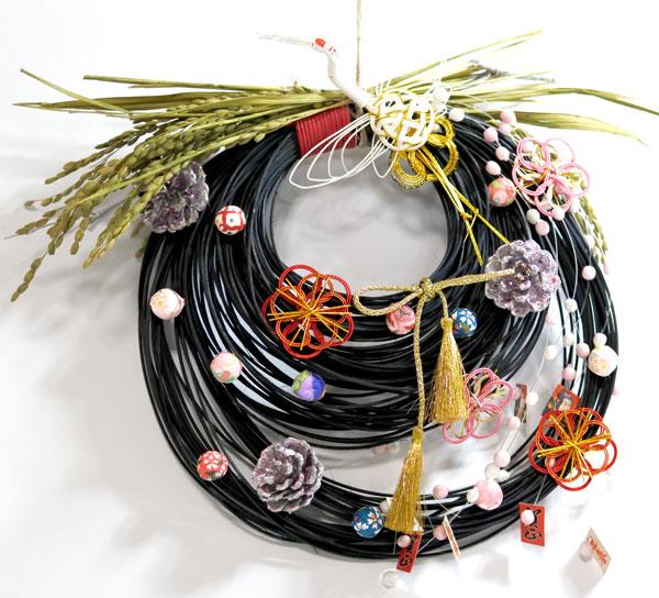 画像1: 梅水引と飾り玉のお正月飾り (1)