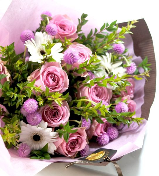 画像1: マートルとバラの花束 (1)